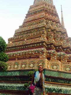 TooandALee at Wat Pho - Daytime